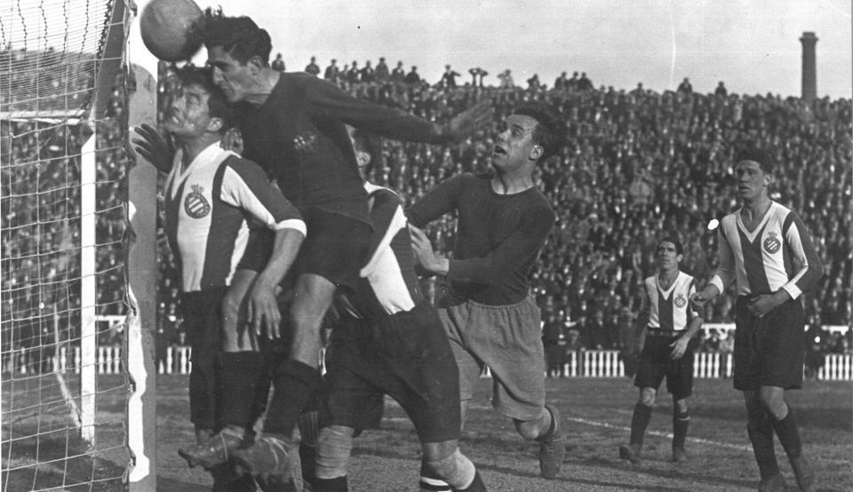 ¿Por qué los del Barça son 'culés' y los del RCD Espanyol 'periquitos'?