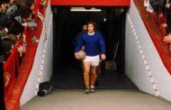 El día que Alan Ball salió a jugar con botas blancas