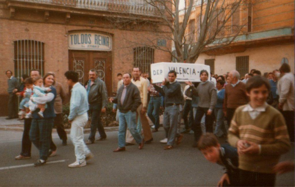 Cuando la afición del Levante UD 'enterró' al Valencia CF