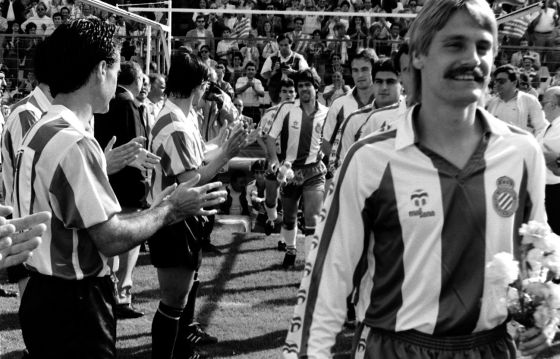 El día que el CD Logroñés hizo el pasillo al RCD Espanyol en Sarriá