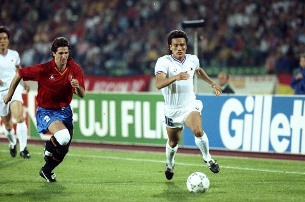 Chendo, uno de los futbolistas con accesorios