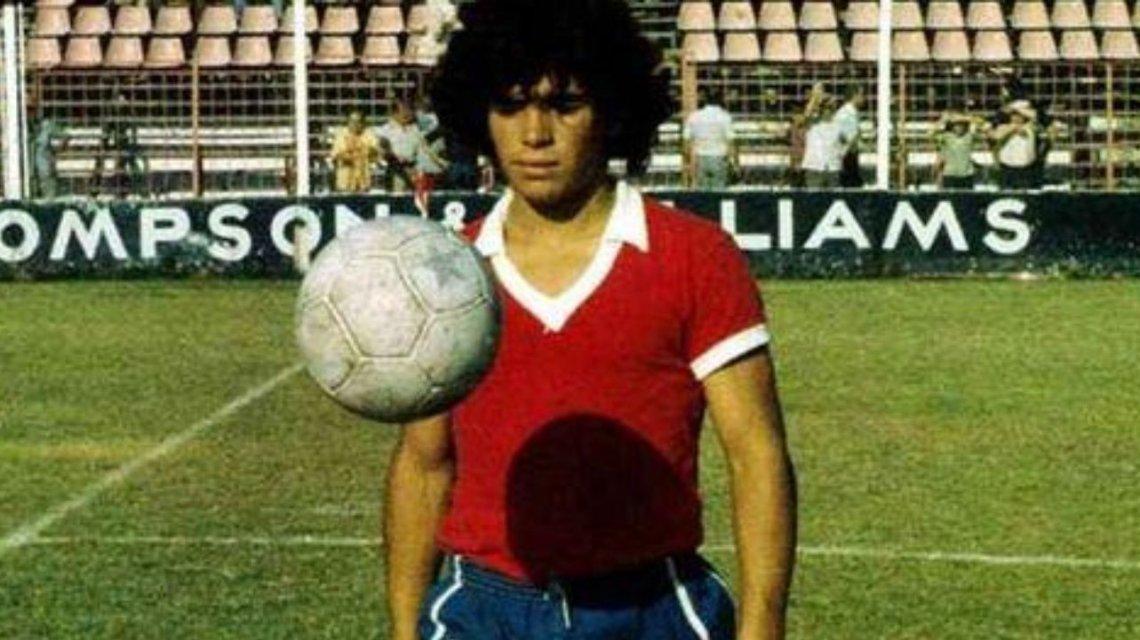 Cuando Maradona pudo fichar por la UD Las Palmas (por dos veces)