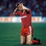 El gesto de Augenthaler que encendió los ánimos del Santiago Bernabéu