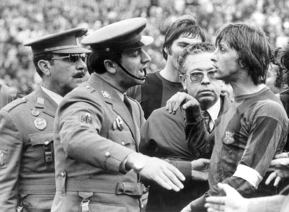 Las dos expulsiones de Johan Cruyff contra el Málaga