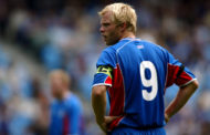 El insólito debut de Gudjohnsen con la selección de Islandia