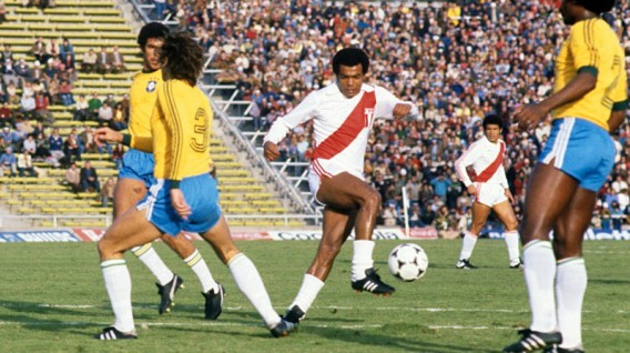 Teófilo Cubillas, uno de los mejores futbolistas peruanos de la historia