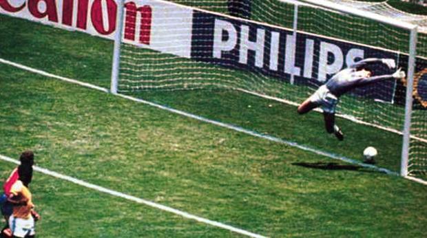 Gol de Míchel a Brasil