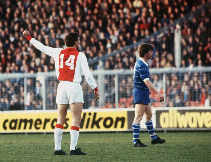 ¿Por qué Johan Cruyff jugaba con el número 14?