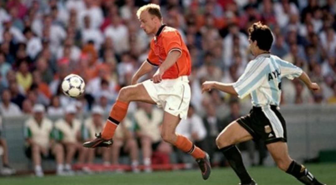 mejores futbolistas holandeses