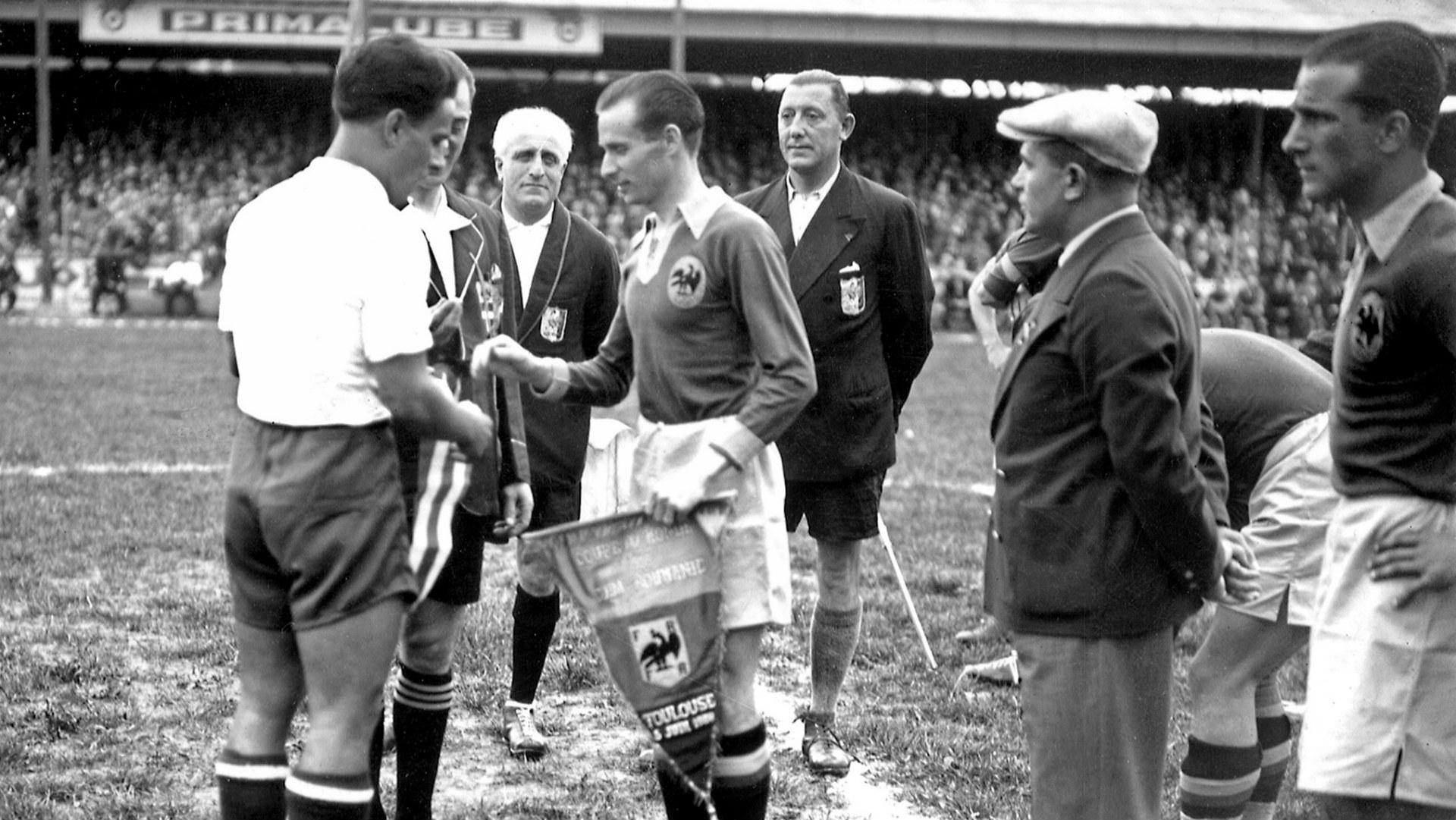 Los primeros futbolistas extranjeros en la historia del Real Sporting