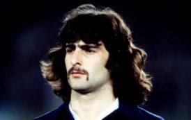 Mario Alberto Kempes y su bigote maldito