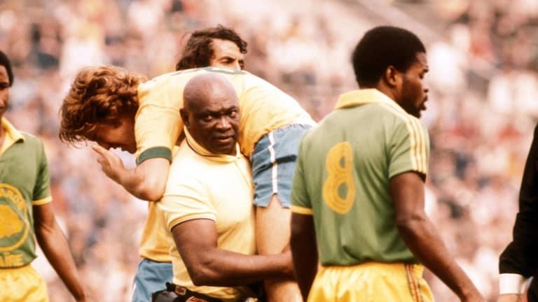 Mario Américo, el hombre que estuvo en siete Mundiales