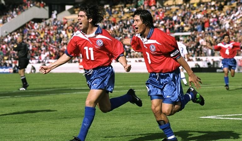 Los 10 mejores futbolistas chilenos de la historia