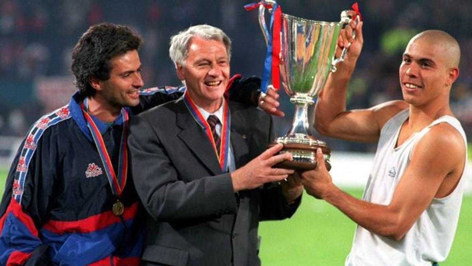 Mourinho Bobby Robson