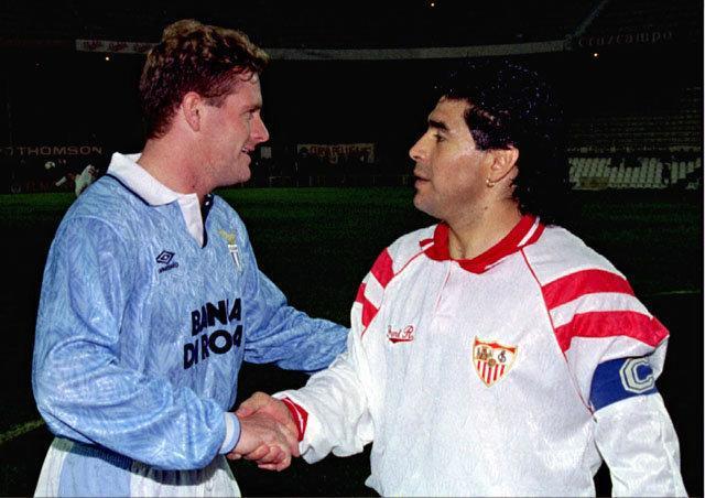 La sorprendente charla entre Gascoigne y Maradona antes de un Sevilla-Lazio