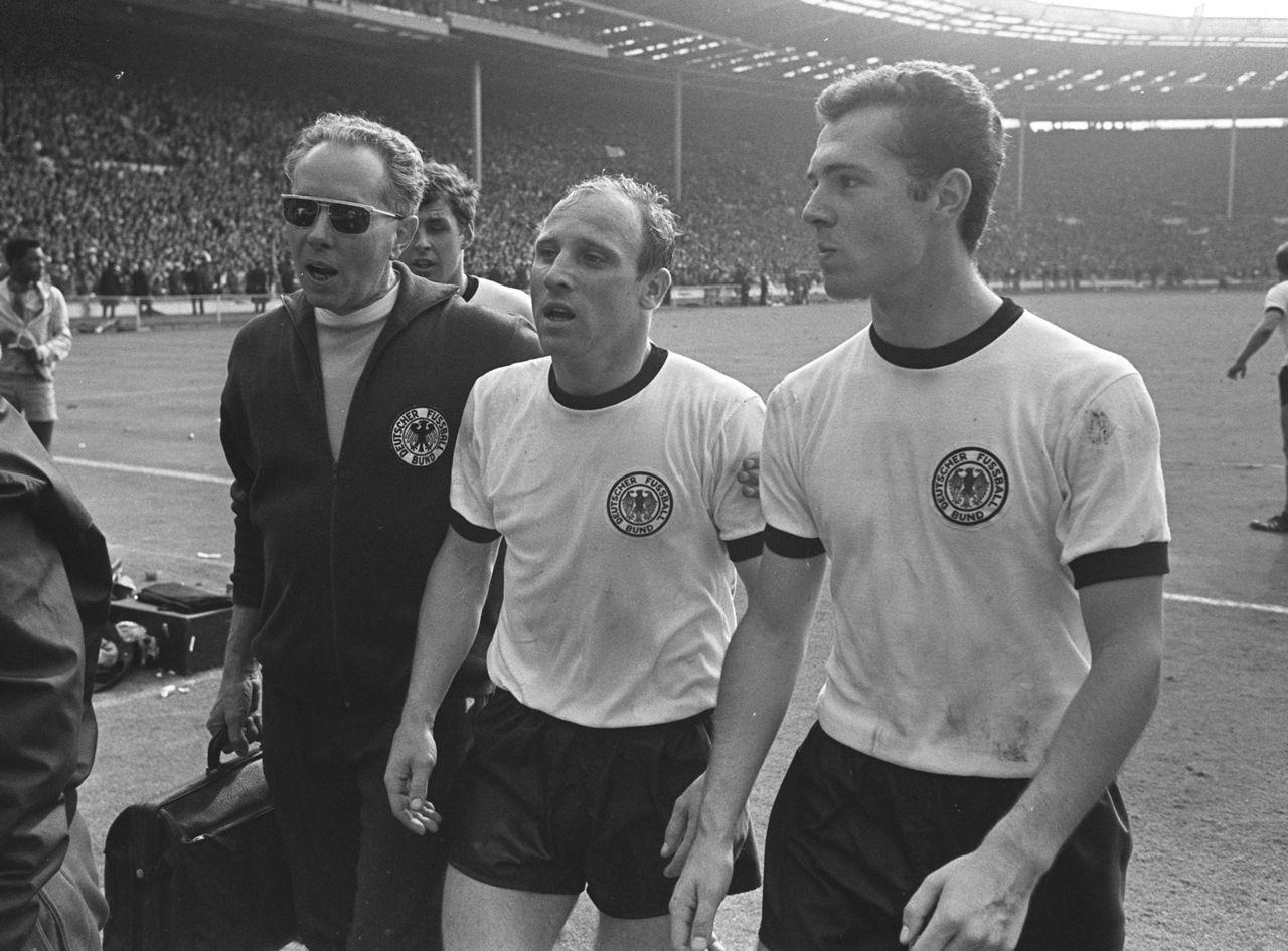 Los 10 mejores futbolistas alemanes de la historia