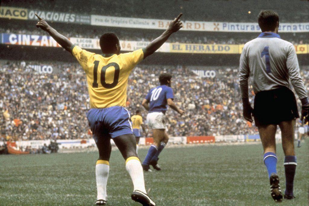 mejores futbolistas brasileños