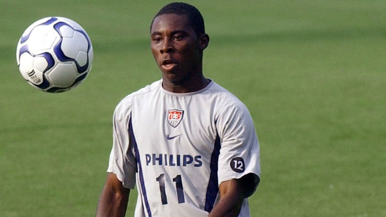 futbolistas más jóvenes en debutar